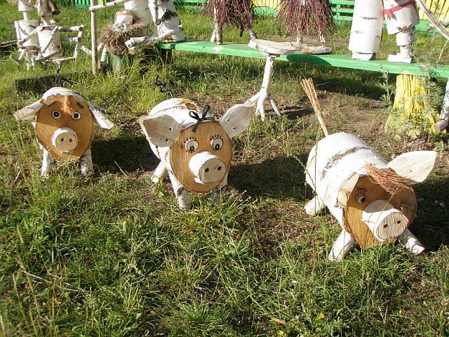 Животные поделки на даче 898